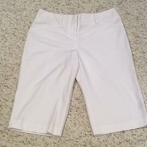 BCX Must Have White Bermuda Short